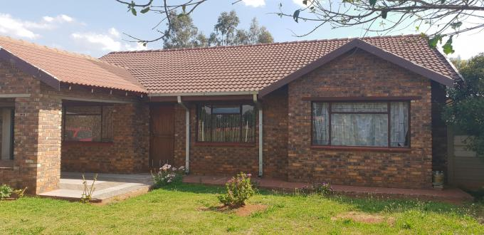 Standard Bank EasySell 3 Bedroom House for Sale For Sale in Unitas Park - MR130897