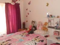 Bed Room 1 - 15 square meters of property in Capital Park