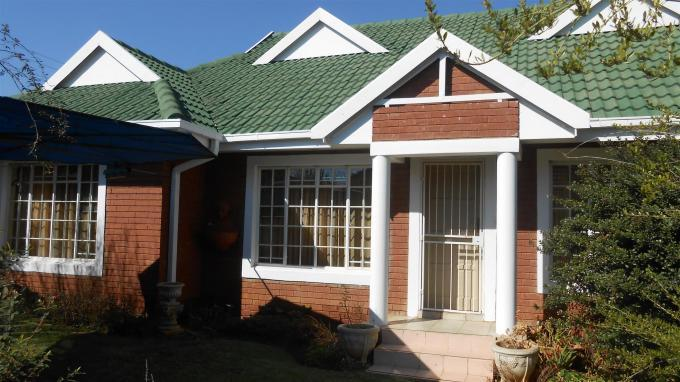 3 Bedroom Sectional Title for Sale For Sale in Potchefstroom - Home Sell - MR131028