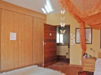 Bed Room 2 - 38 square meters of property in Silver Lakes Golf Estate
