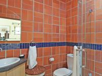 Bathroom 3+ - 11 square meters of property in Silver Lakes Golf Estate