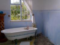 Main Bathroom - 8 square meters of property in Glencairn Heights