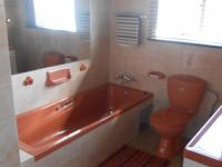 Bathroom 1 - 7 square meters of property in Elspark
