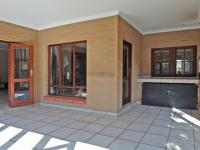 Patio - 25 square meters of property in The Wilds Estate