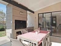 Patio - 24 square meters of property in Six Fountains Estate