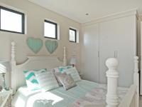 Bed Room 2 - 14 square meters of property in Six Fountains Estate
