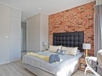 Main Bedroom - 33 square meters of property in Six Fountains Estate