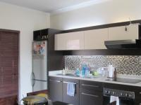 Kitchen - 11 square meters of property in Glenvista