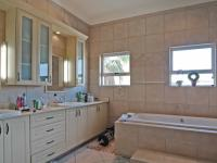 Main Bathroom - 17 square meters of property in Silver Lakes Golf Estate
