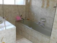 Bathroom 1 - 10 square meters of property in Theresapark