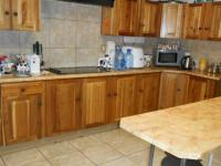 Kitchen - 25 square meters of property in Theresapark