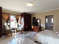 Bed Room 1 - 31 square meters of property in Boardwalk Meander Estate
