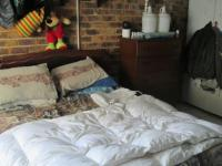 Bed Room 1 - 29 square meters of property in Vereeniging