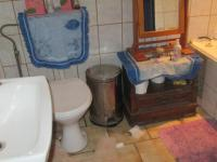 Main Bathroom - 10 square meters of property in Vereeniging