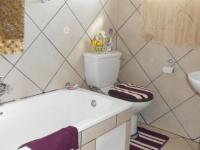 Main Bathroom - 4 square meters of property in Cullinan