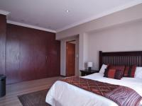 Main Bedroom - 26 square meters of property in Newmark Estate