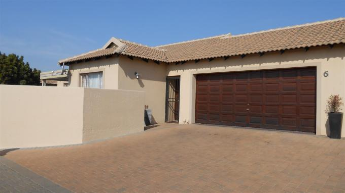 3 Bedroom Sectional Title for Sale For Sale in Centurion Central (Verwoerdburg Stad) - Home Sell - MR131385
