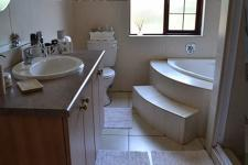 Bathroom 1 - 9 square meters of property in The Wilds Estate