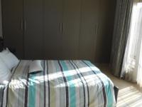 Main Bedroom - 23 square meters of property in Thatchfields