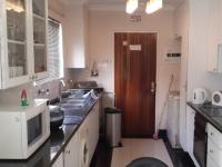 Kitchen - 8 square meters of property in Mayfair