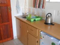 Kitchen - 8 square meters of property in Bronkhorstspruit