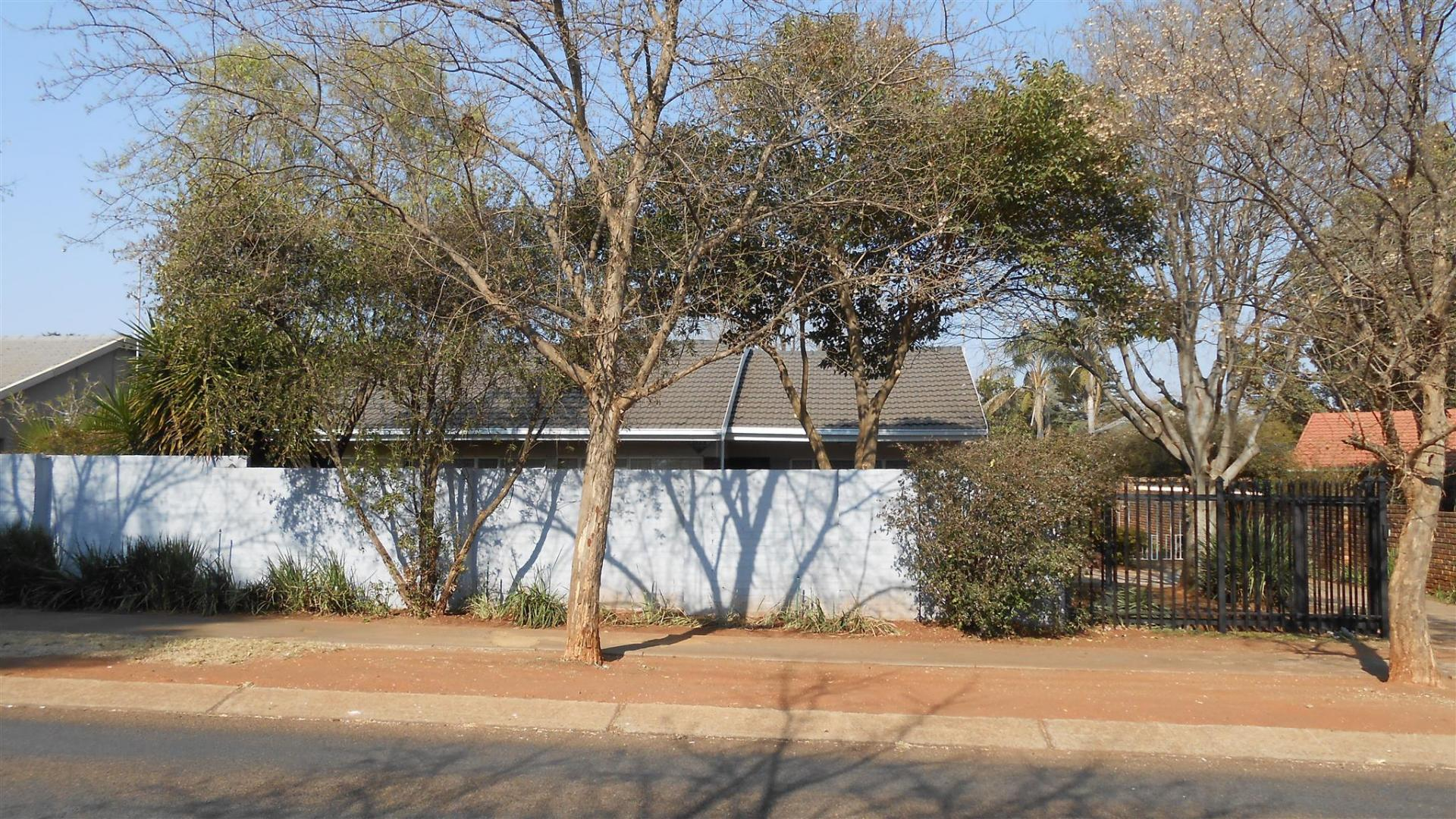 Front View of property in Doringkloof