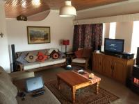 Lounges - 78 square meters of property in Doringkloof