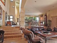 Lounges - 77 square meters of property in Mooikloof