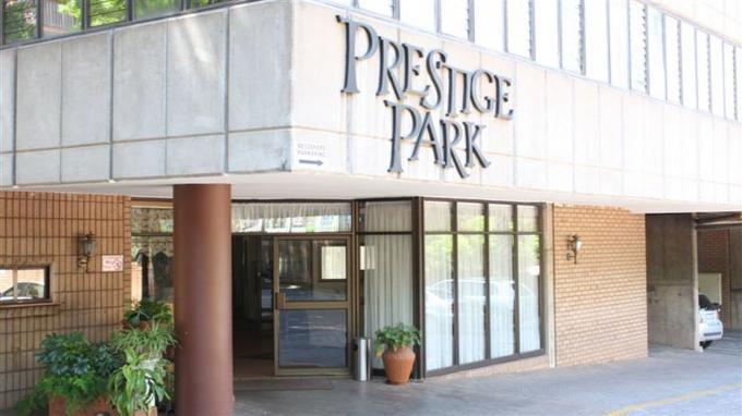 2 Bedroom Apartment For Sale in Pretoria Central - Private Sale - MR131734