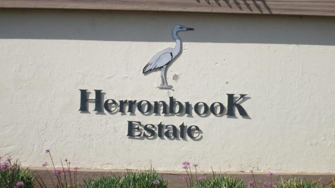 Standard Bank EasySell 2 Bedroom Sectional Title for Sale For Sale in Kempton Park - MR131749