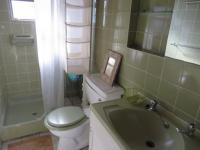 Main Bathroom of property in Kleinmond