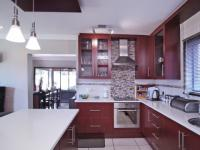 Kitchen - 7 square meters of property in The Meadows Estate