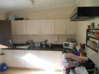 Kitchen - 13 square meters of property in Ballitoville