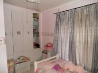 Bed Room 1 - 10 square meters of property in Ballitoville