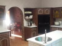 Kitchen - 27 square meters of property in Roodekrans