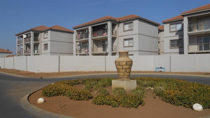 2 Bedroom Sectional Title For Sale in Boksburg - Home Sell - MR131848