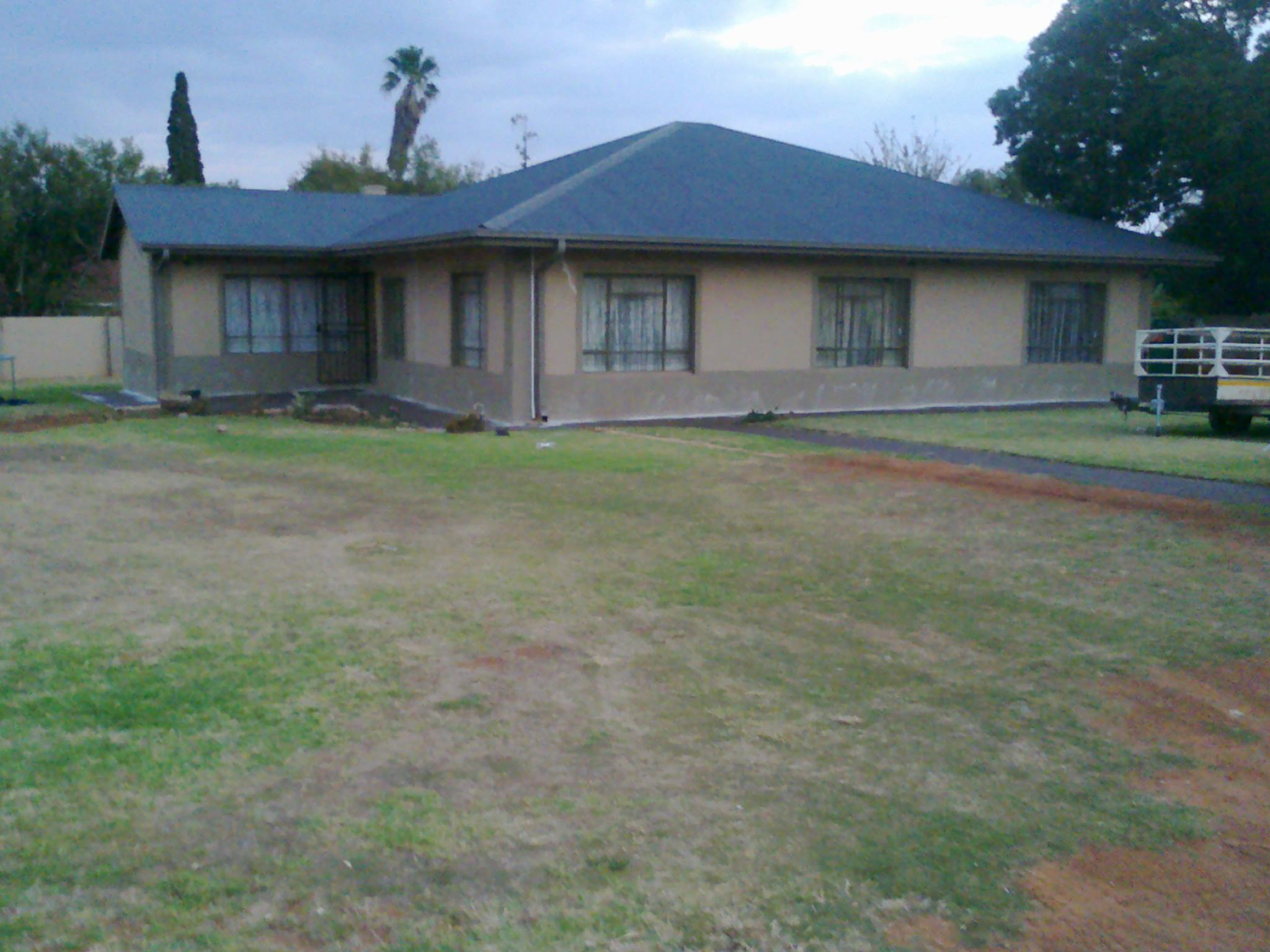 4 Bedroom House for Sale For Sale in Fochville - Private Sale - MR131851