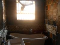 Main Bathroom - 8 square meters of property in Laezonia AH