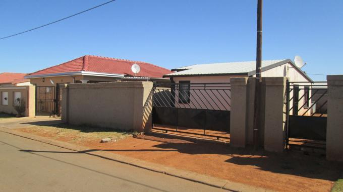 3 Bedroom House To Rent in Protea Glen - Private Rental - MR131875