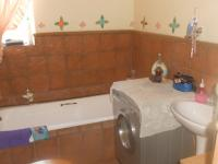 Bathroom 1 - 9 square meters of property in Emalahleni (Witbank)