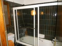 Bathroom 1 - 8 square meters of property in Southbroom