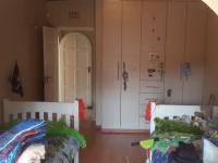 Bed Room 2 - 21 square meters of property in Paulshof