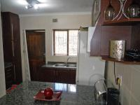 Kitchen - 9 square meters of property in Shulton Park