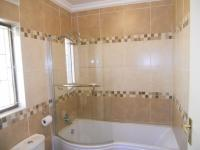 Bathroom 2 - 4 square meters of property in Shulton Park