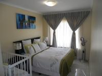 Bed Room 2 - 18 square meters of property in Shulton Park