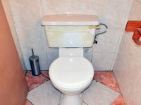 Bathroom 1 - 5 square meters of property in Escombe