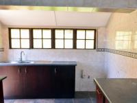 Kitchen - 30 square meters of property in Escombe