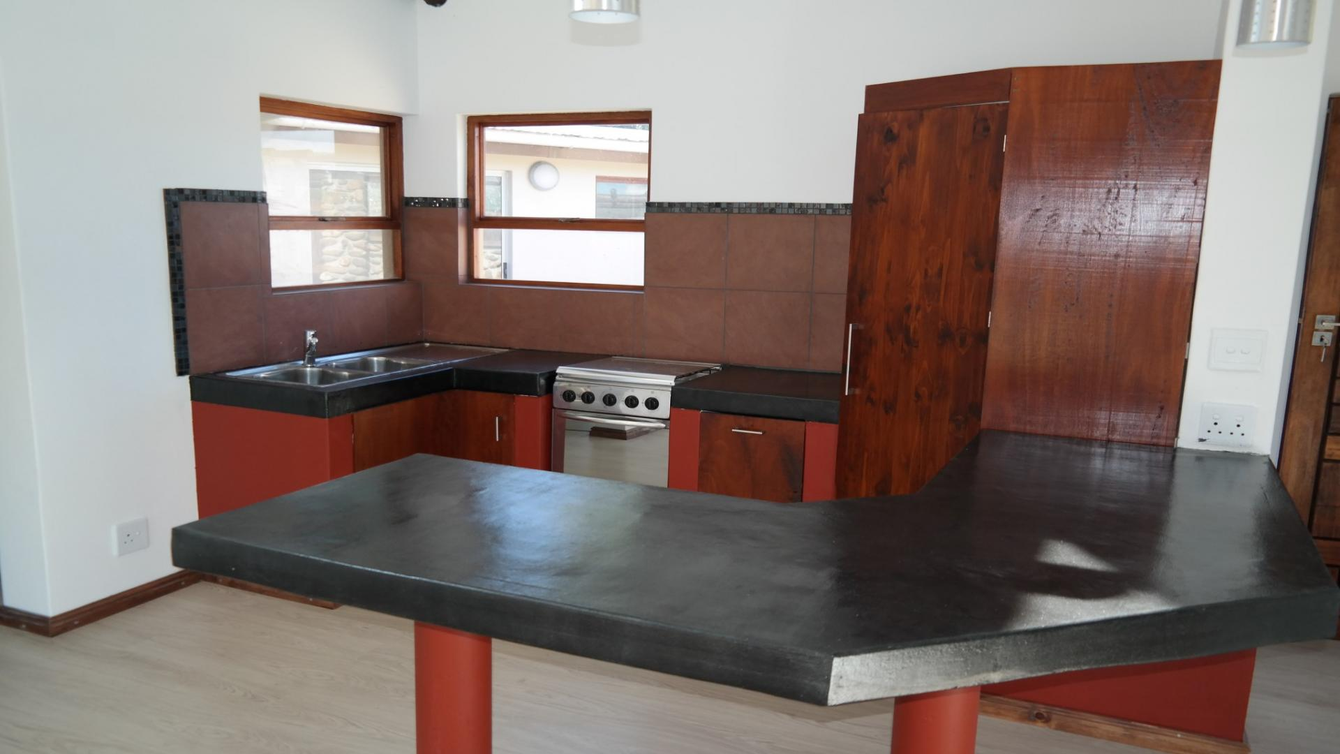 Kitchen - 14 square meters of property in Papiesvlei