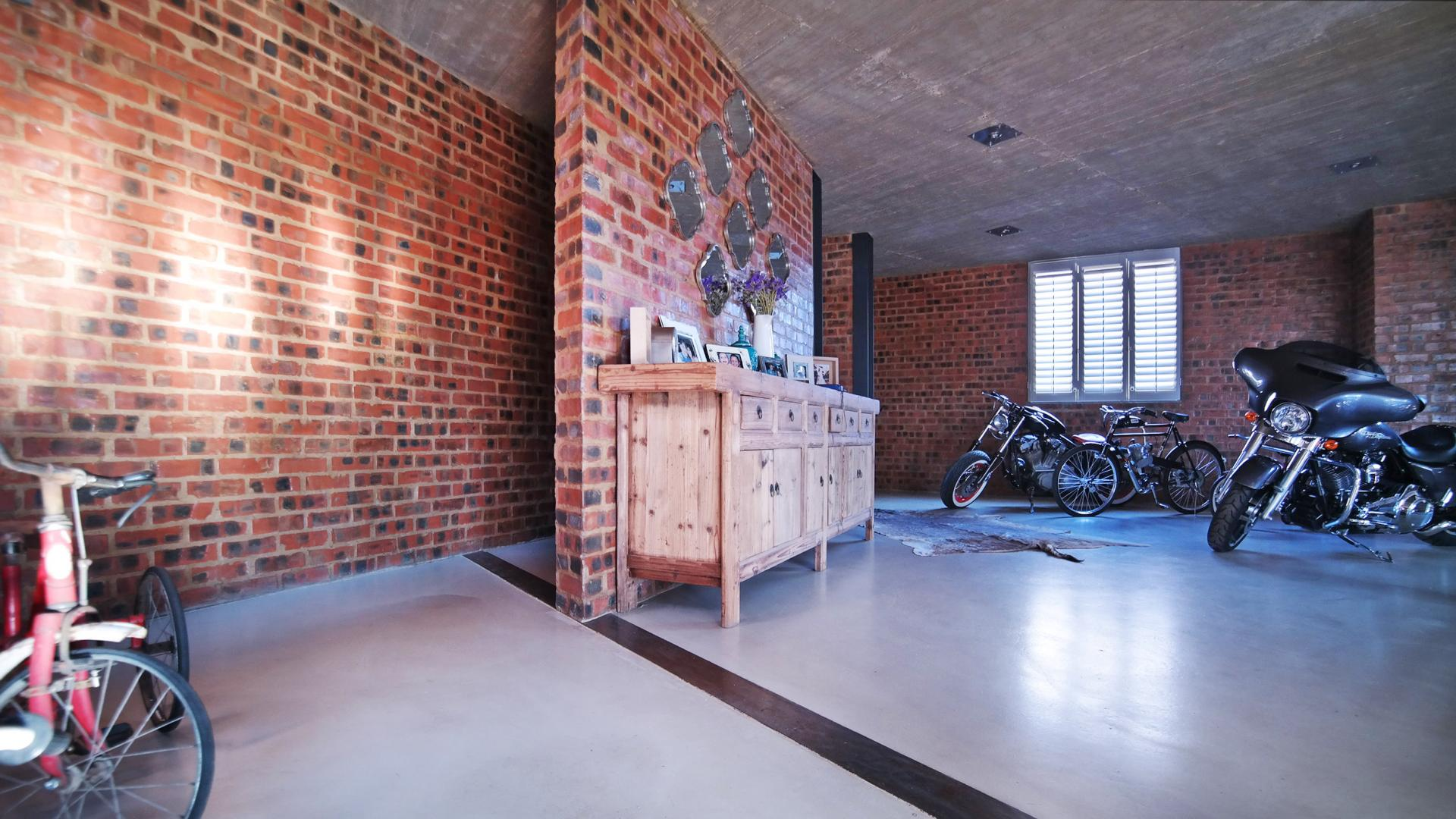 Spaces - 93 square meters of property in Boardwalk Meander Estate