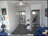 Main Bedroom - 26 square meters of property in Athlone Park